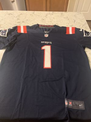 Cam Newton New England Patriots Home Jersey Size Large for Sale in Gresham, OR