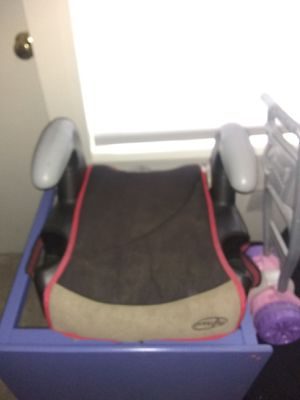 Evenflo Booster Seat for Sale in Alexandria, VA