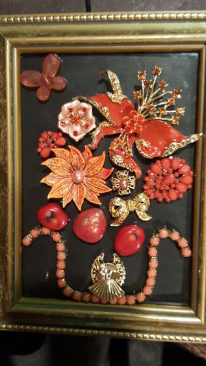 Coral and peach jewelry art for Sale in Everett, WA
