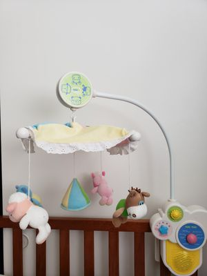 Baby crib musical mobile for Sale in Diamond Bar, CA