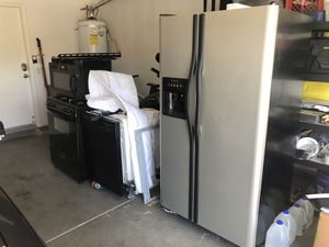 Frigidaire, whirlpool complete kitchen appliance for Sale in Las Vegas, NV
