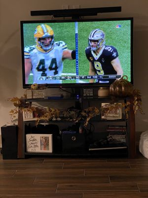 TV, TV console, sound bar and subwoofer for Sale in Plano, TX