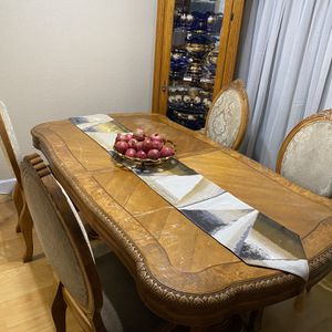 Dining room set for Sale in Mather, CA