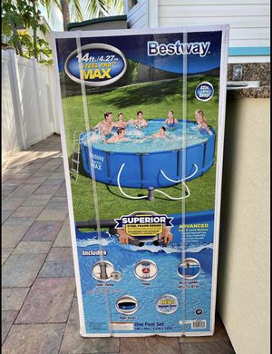 Bestway Steel Pro 15ft x 48in Round Metal Frame Pool Set w/ Filter Pump & Ladder for Sale in Eldersburg, MD