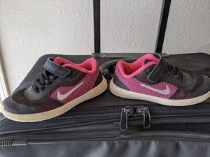 Girls Size 9c Nike Pink And Black Shoes for Sale in Litchfield Park, AZ