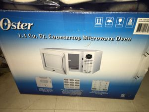 Oster Microwave like new for Sale in Fairfax, VA