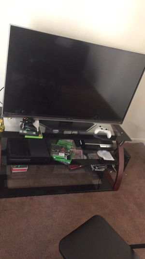 TCL ROKE TV 50inch for Sale in Indianapolis, IN