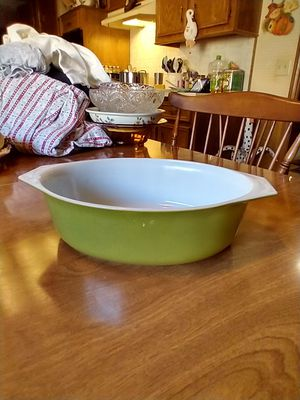 Pyrex casserole dish for Sale in Richardson, TX