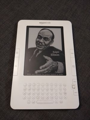 Amazon Kindle D00701 (2nd Generation) for Sale in Weehawken, NJ