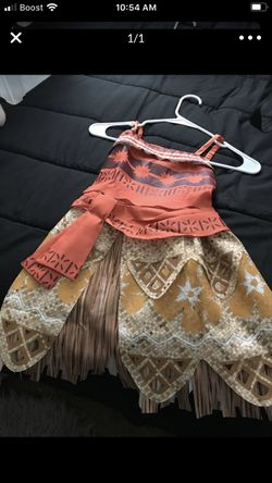 Moana Costume 5T for Sale in Portland,  OR