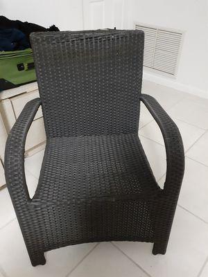 Wicker patio chair for Sale in Boca Raton, FL