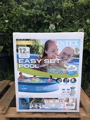 Intex 12ft x 30in Easy Set Swimming Pool With Pump & Filter for Sale in Chula Vista, CA