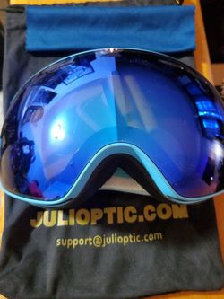 Julioptic Snowboard/ Skiing Goggles. for Sale in Chelmsford,  MA