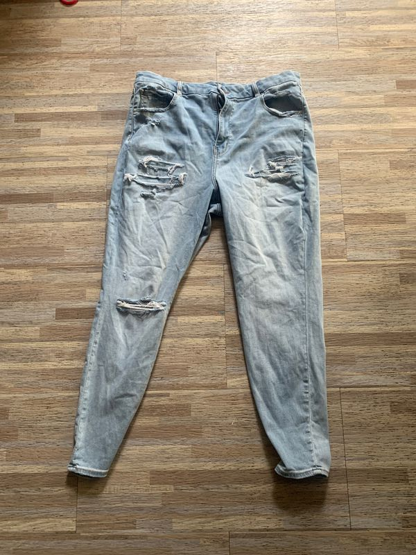 American Eagle jeans plus size