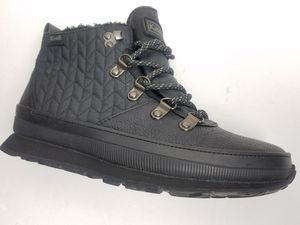 Keds Dream Catcher Womens Black Waterproof boots Size 6 for Sale in Cleveland, OH
