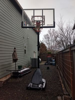 "Spalding 54"" Basketball Hoop for Sale in McMinnville, OR"