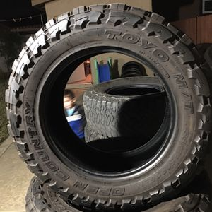 Open Country Toyo M/T 35X12.50R20LT for Sale in Moreno Valley, CA