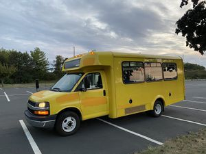 2014 Chevy Express Cutaway Shuttle Van for Sale in Hagerstown, MD