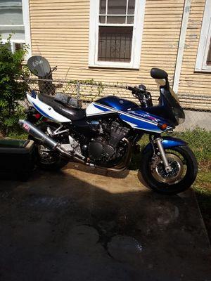 motorcycle 2005 Suzuki for Sale in San Antonio, TX