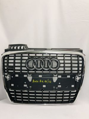 05-08 AUDI A4 FRONT GRILLE ASSEMBLY COVER INSERT MOLDING CHROME GREY PLASTIC OEM for Sale in Damascus, OR