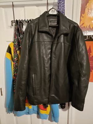 Calvin Klein 100% leather for Sale in Tampa, FL