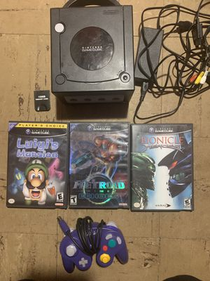 GameCube with original controller, Metroid prime 2 Luigi's mansion for Sale in Pembroke Pines, FL