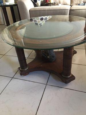 2 coffee tables for Sale in Pompano Beach, FL