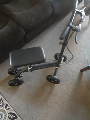Knee scooter for Sale in Fremont, CA