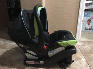 Graco Snug Ride Click Connect Infant Car Seat with Base. for Sale in Phoenix, AZ