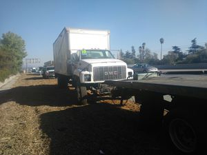 1999 GMC 6500 with liftgate. Parting out. for Sale in Los Angeles, CA