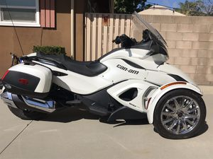 2013 White Can Am Spyder ST Limited With Only 1,183 Miles for Sale in Alta Loma, CA