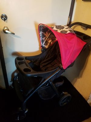 Baby stroller great condition color black and pink for Sale in Santa Ana, CA