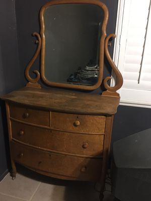 Antique dresser for Sale in Hemet, CA