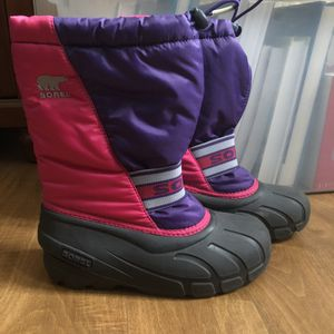 Sorel Winter Snow Rain boots Youth size 3 for Sale in Santa Ana, CA