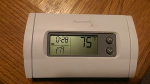 Digital Honeywell Thermostat for Sale in Belton, SC