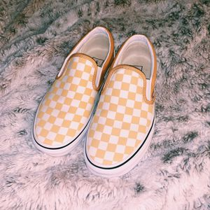 Ochre Yellow Checkered Slip-On Vans✨ for Sale in Santa Clarita, CA