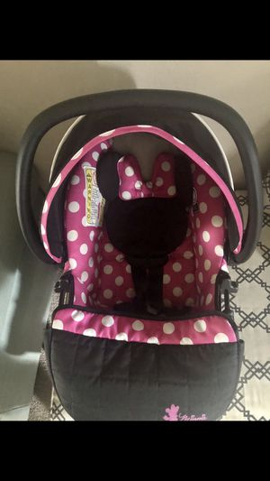 Car seat baby girl for Sale in Richardson, TX