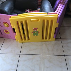 Baby Gate for Sale in Montclair, CA