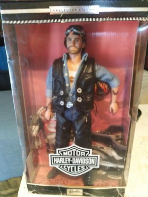 Ken barbie motor cycle harley davidson collectors edition for Sale in Wichita, KS