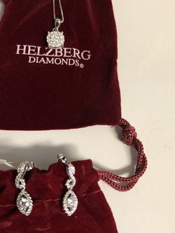 Helzberg Diamonds Necklace & Earring Set for Sale in Woodbridge,  VA