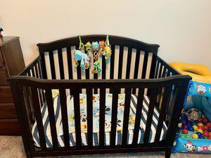 Brown crib! for Sale in Auburndale, FL