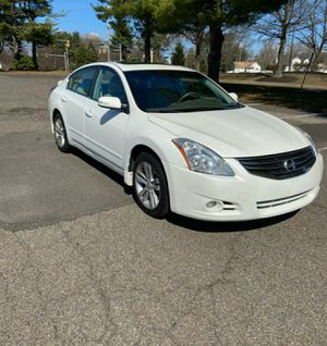 2010 Nissan Altima 3.5 SR for Sale in Philadelphia, PA