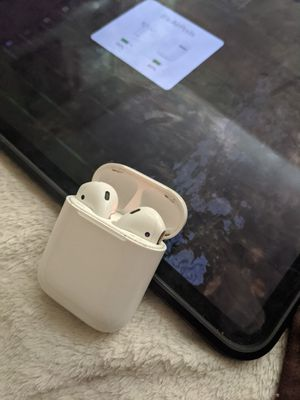 Apple airpods for Sale in Beverly, WV