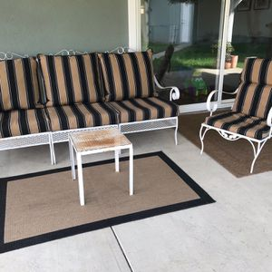 Outdoor Furniture Set / Vintage Patio Chair for Sale in Los Angeles, CA