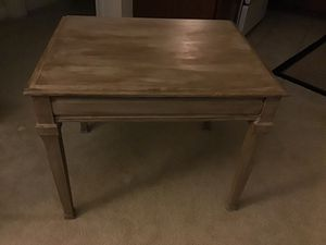 End table for Sale in Rockville, MD