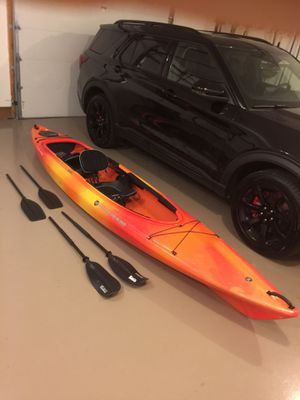 Kayak Wilderness systems Pamlico 135T for Sale in Millstadt, IL