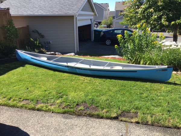 Blue sawyer canoe for Sale in Snoqualmie, WA - OfferUp