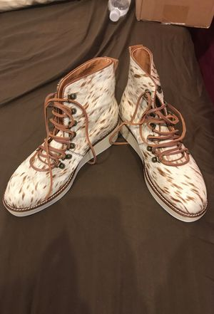 Brand new size7 women leather shoe for Sale in Chicago, IL
