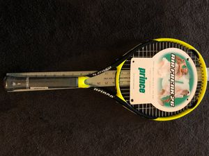 Tennis racket for Sale in Peoria, AZ