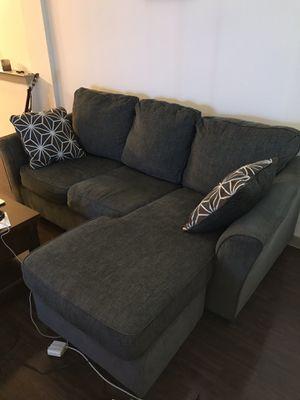 Nebraska Furniture Couch for Sale in Dallas, TX